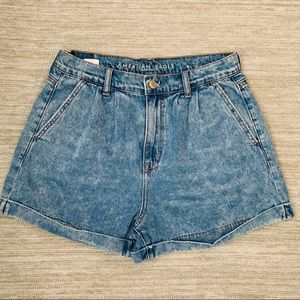 American Eagle jeans short size 4